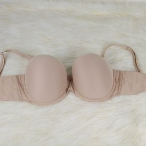 Chantelle Intimates & Sleepwear - Chantelle 34DDDD underwire bra w/ removable straps